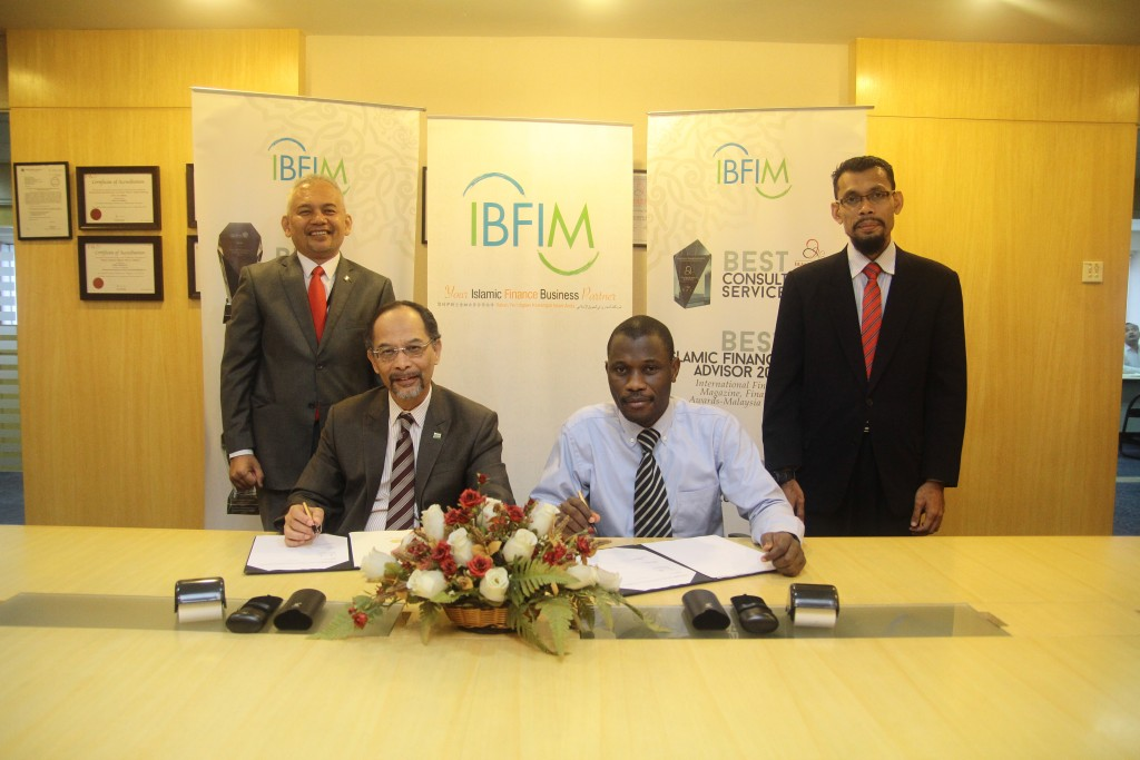 MOU Signing Ceremony between IBFIM and DIWAN Consulting Ltd, Uganda – 18th Feb 2016